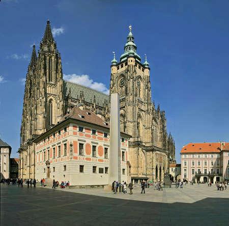 Catedral von St.Vitus auf der Pragerburg Standard-Bild - 8433479