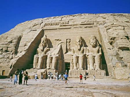 Ramses II. in Abu Simbel Tempel - Ägypten Standard-Bild - 12412530