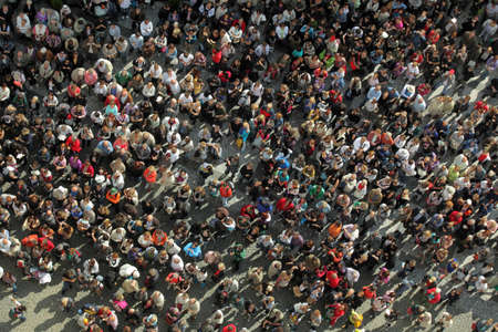 view from below: birds eye view to a crowd