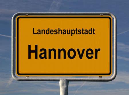 ortseingangsschild: Allgemeine Stadt Eintrag Zeichen von Hannover, Hauptstadt von Niedersachsen (LowerSaxony) in Deutschland