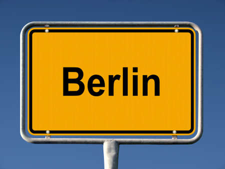 ortsschild: Common city sign of Berlin, Germany