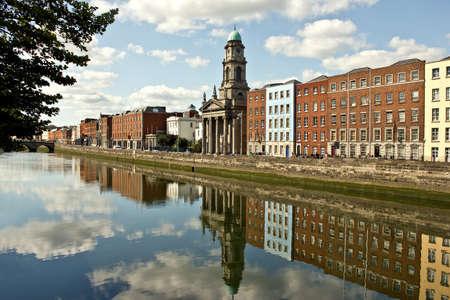 dublin ireland: River Liffey in Dublin, Ireland