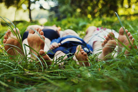 gente saludable: la familia al aire libre Foto de archivo