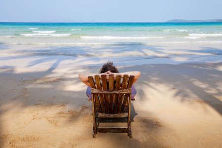 egoist: lonely beach
