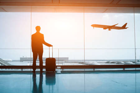gente aeropuerto: esperando en el aeropuerto