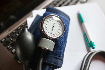sphygmomanometer: sphygmomanometer Stock Photo