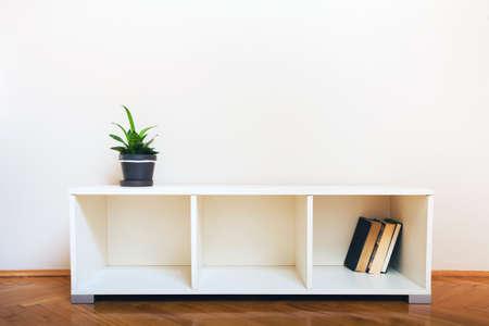 simple: simple interior