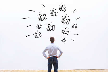 likes on social networks, positive customer feedback for business company, popularity concept 스톡 콘텐츠