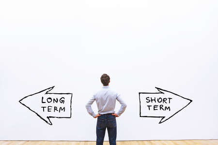 long term vs short term concept Imagens