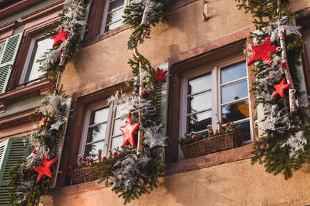 exterior christmas decoration on the building in Europe Stockfoto