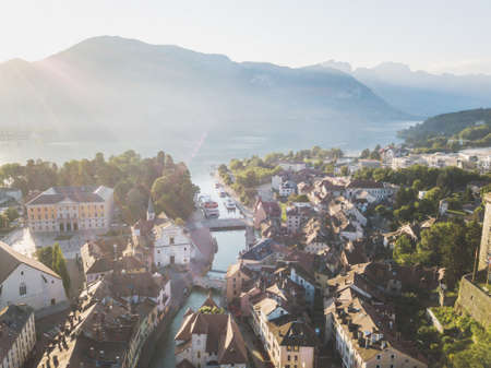 Annecy panoramic view, France, beautiful aerial cityscape of architecture of old town at sunrise 版權商用圖片
