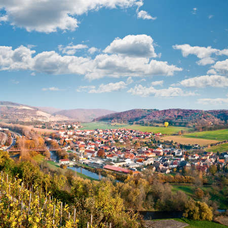 horizontale: View from the top of the hill into Saale river valley north of Jena, Thuringia, Germany, in early Autumn