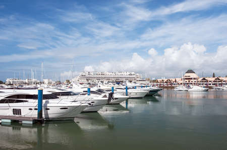 vilamoura: Marina in Vilamora resort, Algarve, Portugal Stock Photo