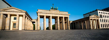 brandenburger tor: Brandenburg Gate  Brandenburger Tor  in Berlin, Germany