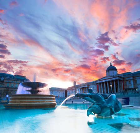 trafalgar: London, Trafalgar Square in the evening, toned imge
