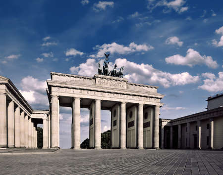 brandenburger tor: Brandenburg Gate (Brandenburger Tor) in Berlin, Germany