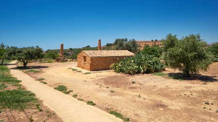 Kolymbethra Gardens, or Jardino della Kolymbethra. magnificent green garden in the heart of the Valley of Temples in Sicily, Italy. 版權商用圖片