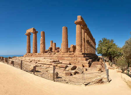 Temple of Juno, Temple of Hera Lacinia. Valley of the Temples, Agrigento, Sicily, Italy. 版權商用圖片 - 167150607