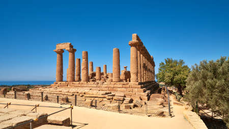 Temple of Juno, Temple of Hera Lacinia. Valley of the Temples, Agrigento, Sicily, Italy. 版權商用圖片 - 167150591