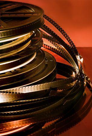 cinema old: Stacked rotoli di vecchi filmati