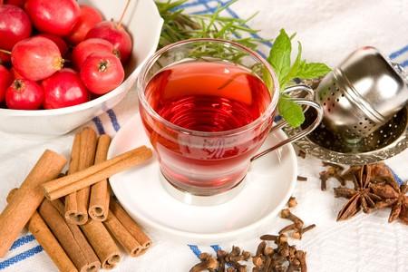 badiane: Le th�, les pommes, les herbes, la cannelle et anis �toil�