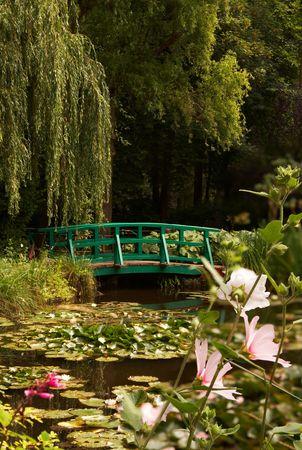 monet: El jard�n del famoso pintor Claude Monet, donde pint� sus nen�fares