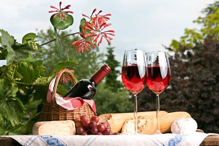Romantic setting with wine and food for two Stock Photo - 4869735