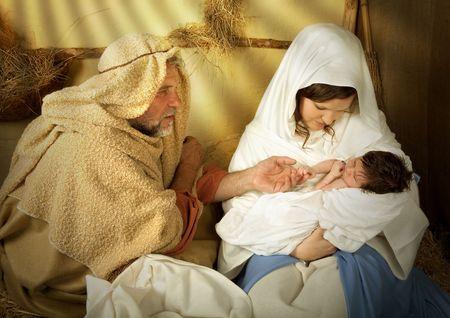 nascita di gesu: Presepe vivente di Natale nuovamente redatto con un vero e proprio bambino di 18 giorni Archivio Fotografico