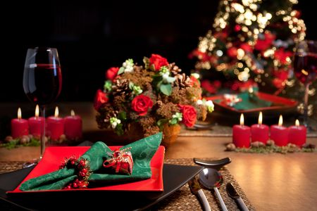 buffet lunch: Christmas dinner table with elegant napkins in red and green