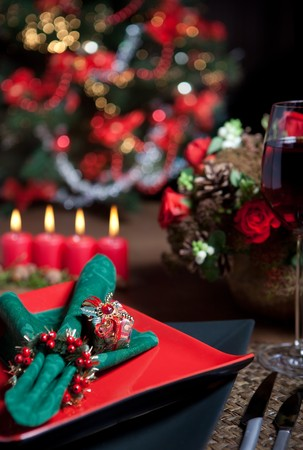 Christmas dinner table with elegant napkins in red and green
