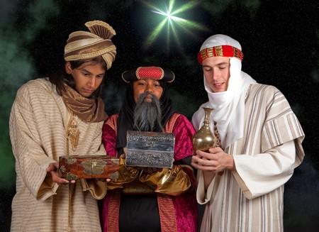 rois mages: Sages Caspar Melchior, Balthasar et leurs dons pour J�sus Banque d'images