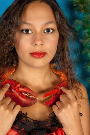 astrol�gico: El c�ncer o la mujer del Cangrejo, esta foto es parte de una serie de doce signos del zodiaco de la astrolog�a Foto de archivo