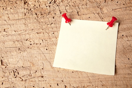 memorise: Empty or blank notepad on a vintage wooden board