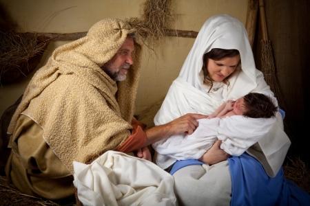 vierge marie: Vivez reconstitution de la sc�ne de la nativit� de No�l