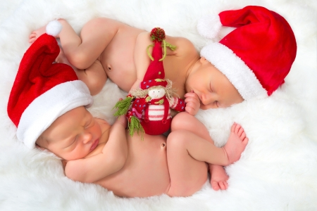 nackter junge: Weihnachten Bild des neugeborenen Zwillingen von 11 Tage alt Lizenzfreie Bilder