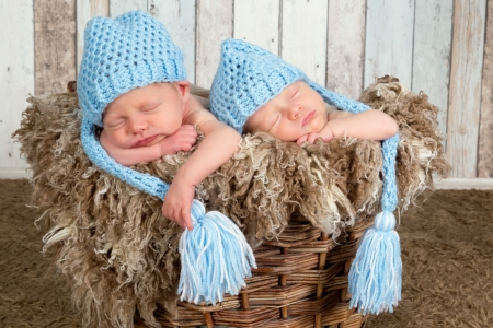 twin: Ten days old newborn twin babies asleep together