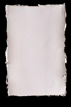 引き裂かれたエッジとテクスチャのアイボリーの背景紙を分離