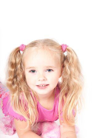 Kleine niedliche Mädchen in studio Standard-Bild
