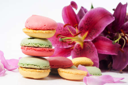 Lily and macaron cookies photo