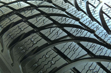 Contact patch of studless tire