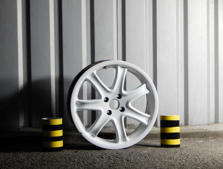 Demounted Sport Car Wheel Rim