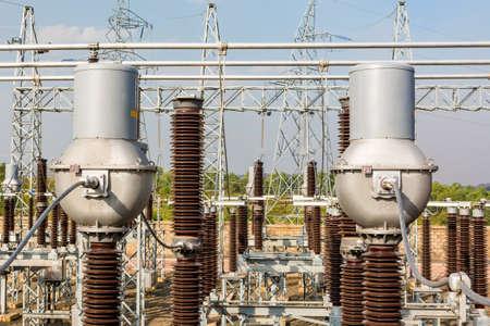 High voltage transformer modern substation electrical switchyard. Foto de archivo