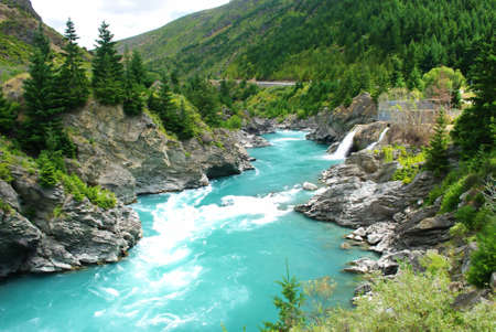 Kawarau river and forest ,Queenstown, New Zealand  스톡 콘텐츠