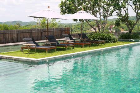 swimmingpool: Sun deck and swimmingpool