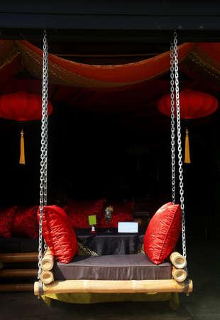 deluxe: deluxe hang seat
