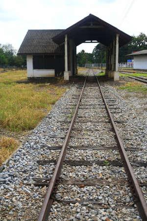 logging railways: railroad to a house