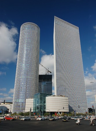 azrieli center: Two business towers and shopping center in Tel-Aviv
