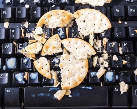 keyboard: Broken cracker will make your keyboard broken too