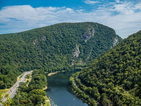 View of Mt. Tammany from view point on Mt. Minsy at Delaware Water Gap Reklamní fotografie