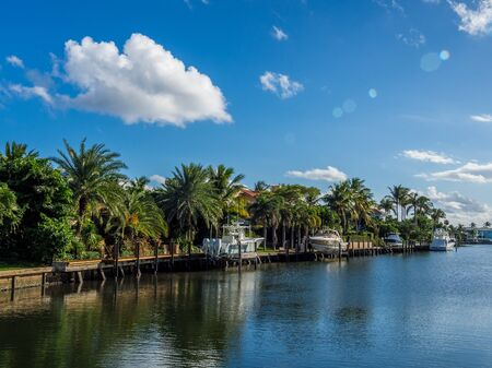 Waterfront neighbourhood in South Florida Stock Photo - 130049517